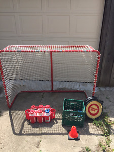 Hockey net and accessories