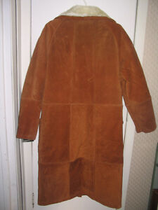 New, 3/4 length, fur lined swede coat Cornwall Ontario image 2