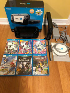 Nintendo Wii U 32Gb Deluxe game console with 14 games