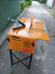 Table saw/radial arm saw/router & jigsaw table