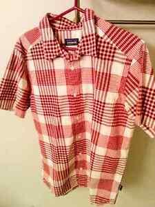 Patagonia mens L shirt