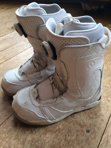 Womens snowboard boots sz 7.5 with Boa