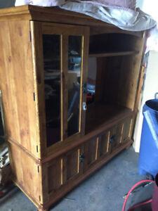 Tv Cabinet 40$ OBO