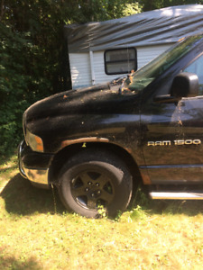 2003 Dodge Ram 1500 For Parts