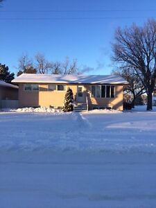 5 bedroom house for rent in Moose Jaw