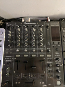 Pioneer DJM 800 in Great Condition!