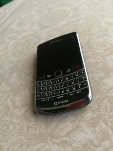 Blackberry Bold Rogers/Fido/Chatr (A-)