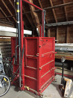 Tobacco Baling Press with Power Pack