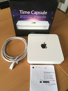 Dual band router, Apple Time Capsule, for Mac/PC, 500GB hard dr.