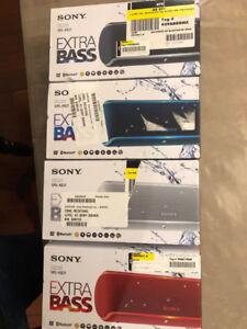 SONY SRS-XB21 BLUETOOTH SPEAKER waterproof medium size