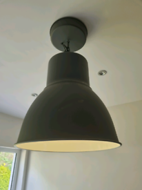 Metal ceiling pendant light