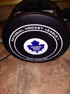 NHL official puck toaster