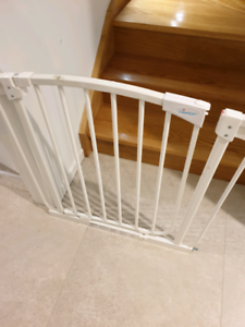 Child Safety Gate with Extensions Free