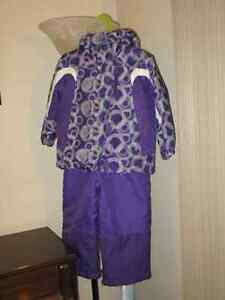 Like New Size 3T Girls Snow Suit