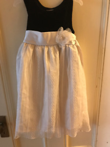 Size 5 Black and White Holiday Dress