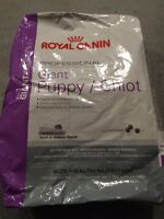 Royal Canin - puppy food - Giant Breed