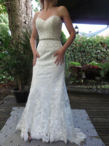 MAGGIE SOTTERO COUTURE KLEINMAN SIZE 4 WEDDING GOWN CRYSTAL BELT