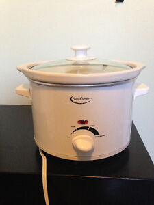 4qt Betty Crocker Slow Cooker- Works Perfectly Cambridge Kitchener Area image 1