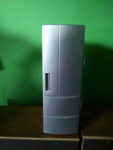 USB drink / beverage cooler.