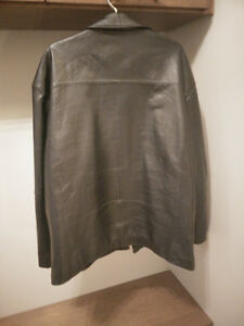 Mens Black leather jacket Kitchener / Waterloo Kitchener Area image 2