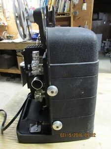 Vintage Bell and Howell model 256 8mm projector London Ontario image 3