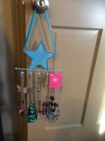 Necklaces and necklace holder 21+ necklaces