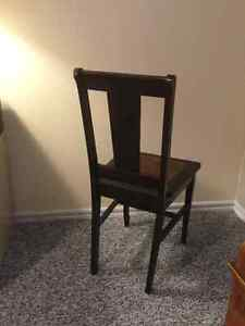 Antique brown chair Kingston Kingston Area image 3