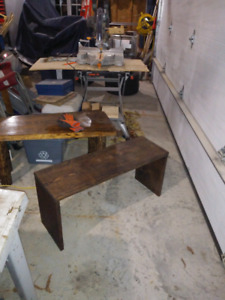 Country style bench