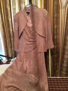 Womans Mother of the bride Laura salmon color dress size 10