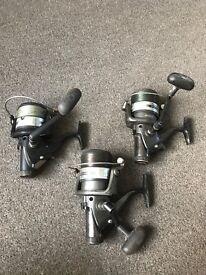 Set of 3 fishing reels