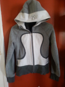 Grey and white Lululemon Scuba Hoodie XS
