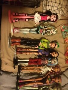 Monster high,ever after high,Barbie,Bratz dolls/stuff