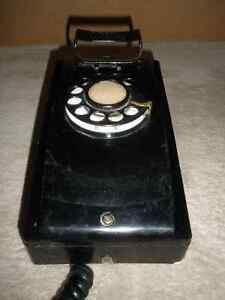 Vintage NORTHERN ELECTRIC Black Wall Phone London Ontario image 3