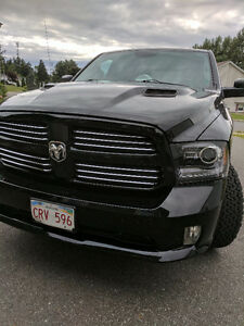 2014 Ram 1500 Sport full warranty to 200,000 km