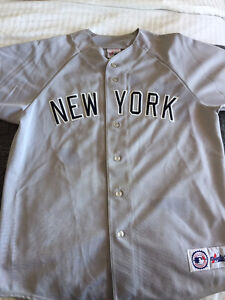 New York Yankees jersey West Island Greater Montréal image 1
