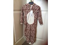 Girls nightwear onesie age 2-3 years bnwt