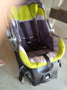 BabyTrend Infant Bucket Car Seat with 2 Bases