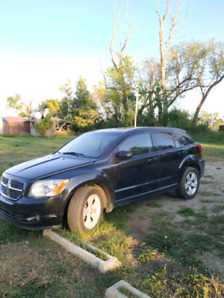2011 Dodge Caliber .  Make your offerr.