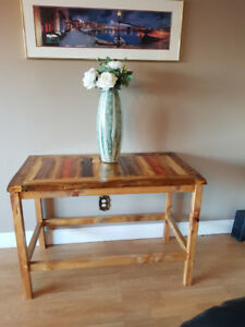 Come Shopping - Beautiful homemade tables
