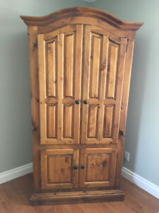 Solid Pine Cabinet Hutch