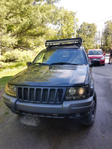 Jeep grand cheeroke laredo 2002