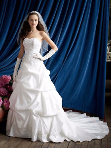 Bright White New Wedding Gown
