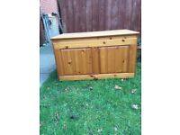 Pine top box for double wardrobe