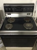 Frigidaire Elite Convection Stove - Perfect working condition