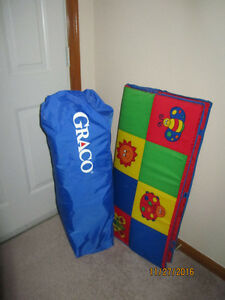 Graco store and go-large playpen with mat