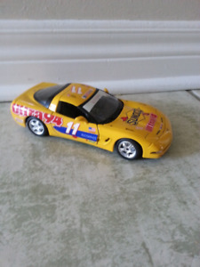 Previously owned diecast Buraga Chevrolet Corvette