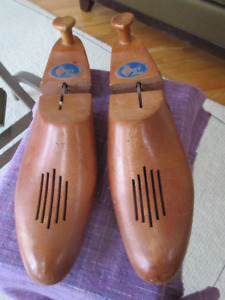 Shoe Stretchers The Hartt Shoe Company (Canada), Size 11W
