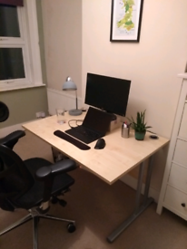 Large work from home office desk 120cm x 80cm, 72.5cm tall
