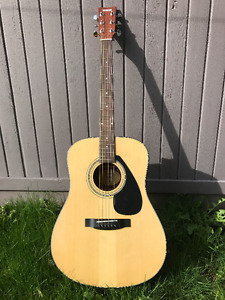 New! Yamaha Acoustic guitar for Sale