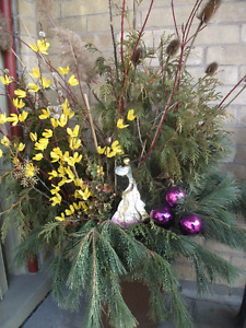 * Spring *  Easter Planters * 145 Grand Ave S Cambridge